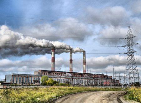Consumo interno lordo di energia, prodotto interno lordo monetario ed emissioni di CO2 in Italia (1963-2017)
